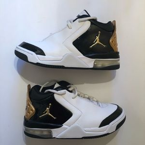 "Like New! Boys' Air Jordan ""Big Fund"" Sneakers, 4Y"